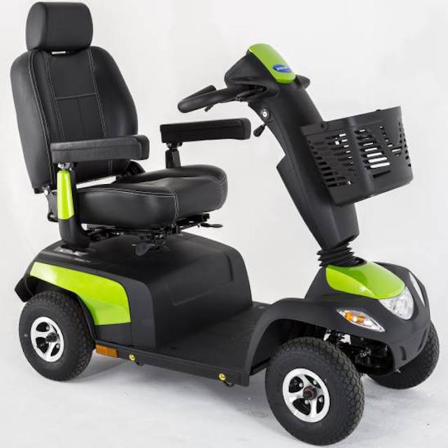 Predstavitev električnih skuterjev.